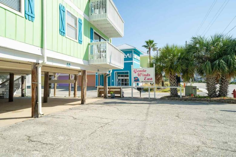 388 E BEACH BLVD, GULF SHORES, AL 36542