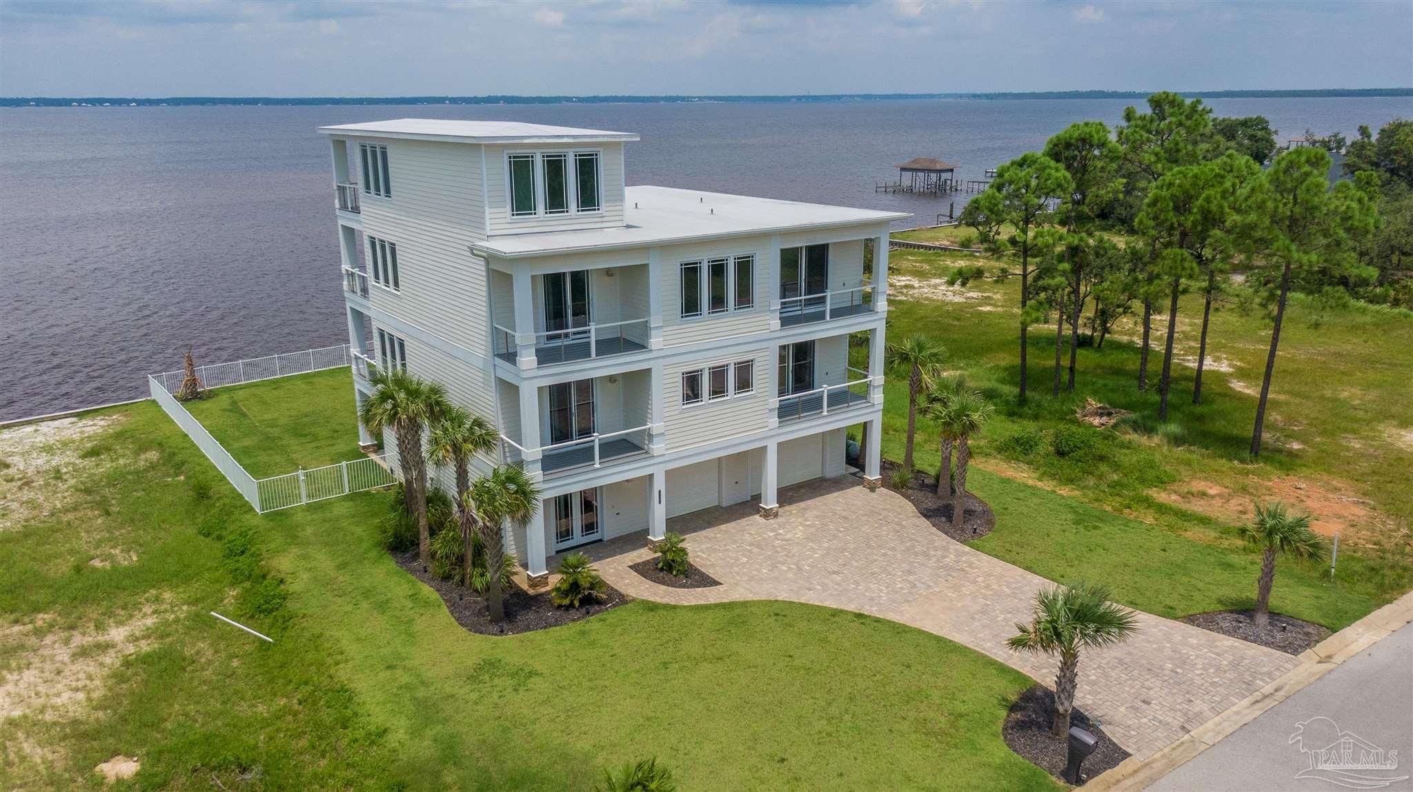 5340 PALE MOON DR, Pensacola, FL 32507