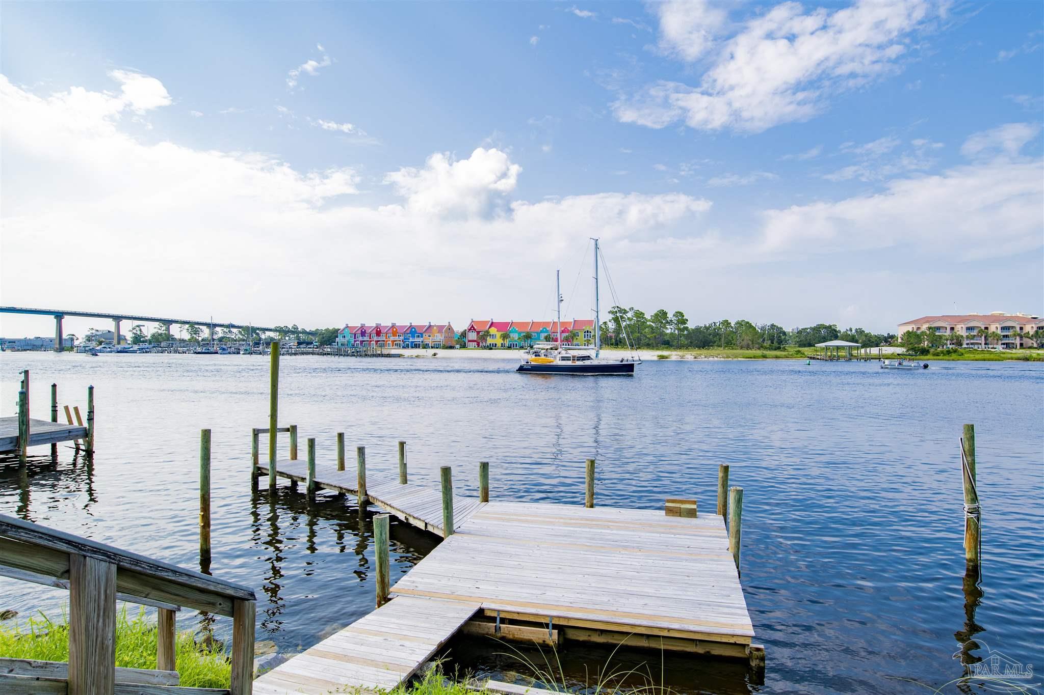 13711 CANAL DR, Pensacola, FL 32507