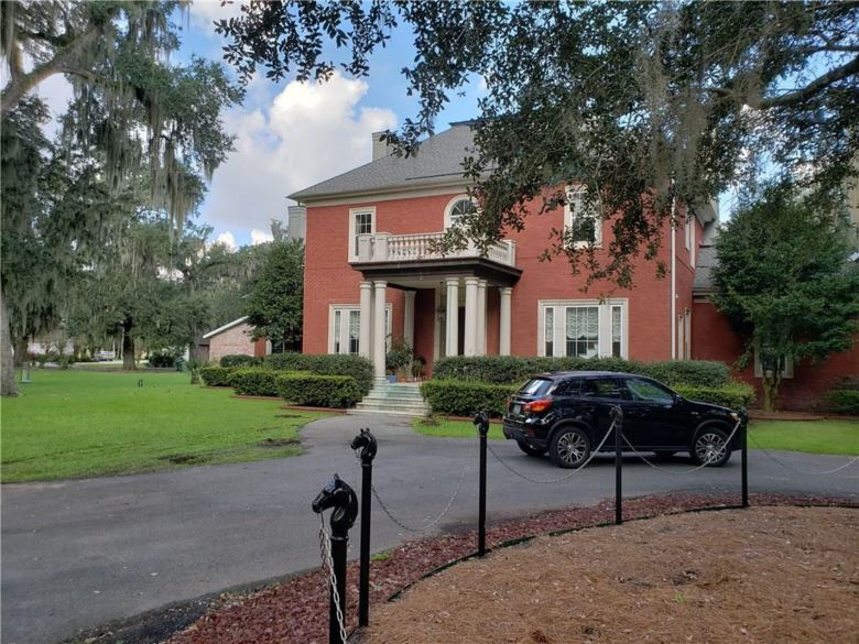 1 MERLIN Lane, Marrero, LA 70072