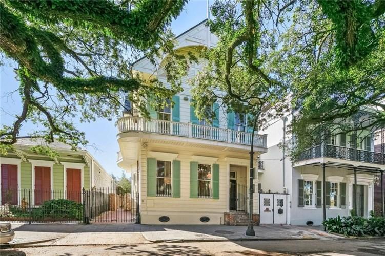 622 ESPLANADE Avenue, New Orleans, LA 70116