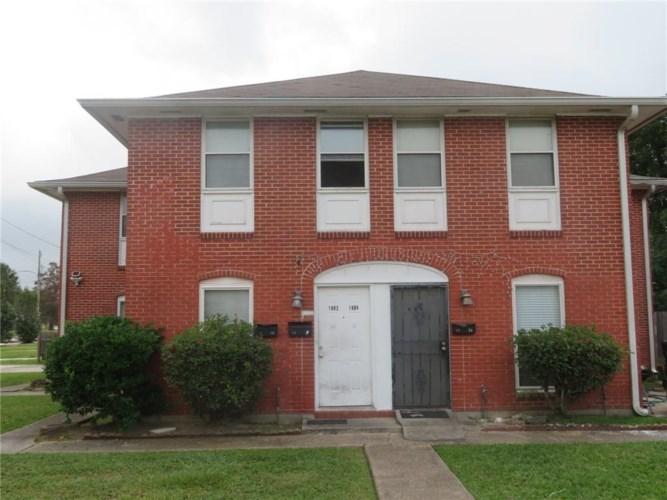 1900 ELIZARDI Boulevard, New Orleans, LA 70114