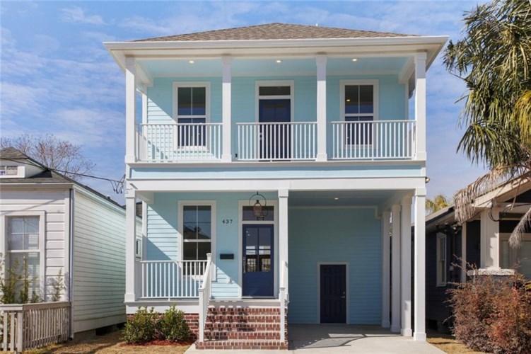 437 S BERNADOTTE Street, New Orleans, LA 70119