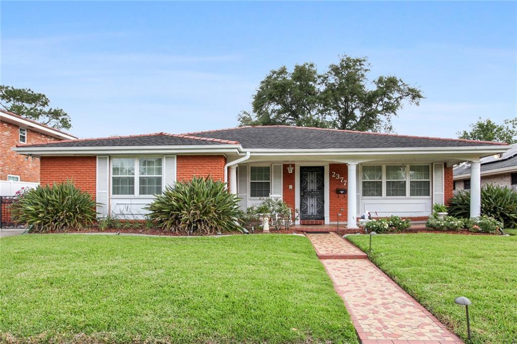 2377 LEON C SIMON Drive , New Orleans, LA 70122