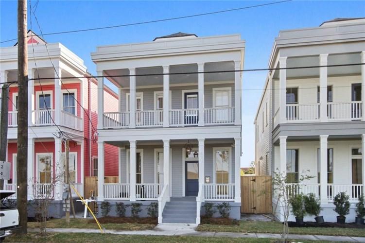 823 PATTERSON Drive, New Orleans, LA 70114