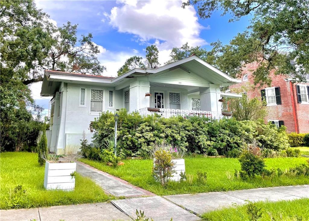 229 AUDUBON Boulevard , New Orleans, LA 70118