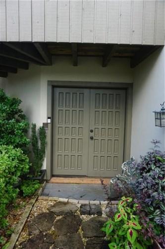 400 TCHEFUNCTE OAKS Drive  #400, Mandeville, LA 70471
