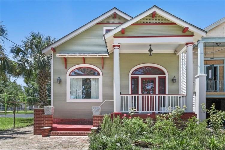 3464 ESPLANADE Avenue, New Orleans, LA 70119