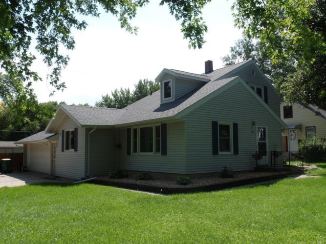 186 Cottonwood E Street, Cottonwood, MN 56229