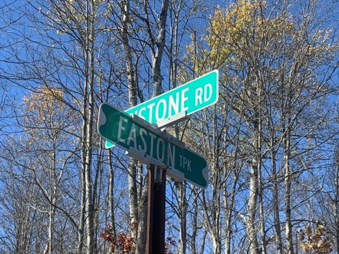 N Easton Tpk. & Keystone RD., Lake Ariel, PA 18436