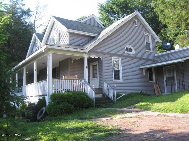 17 Elizabeth St, Hawley, PA 18428