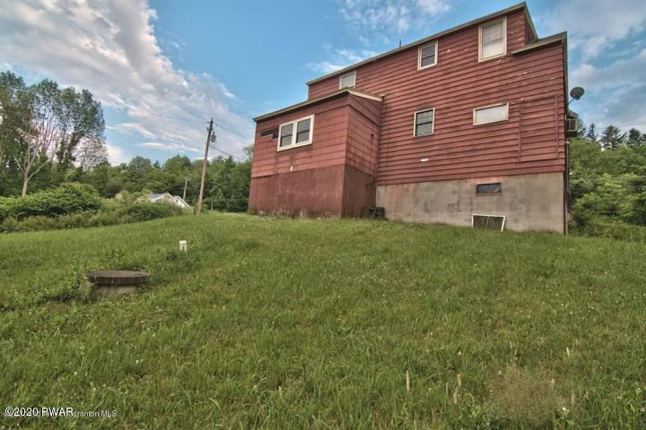 5431 Haas Pond Rd, Madison Township, PA 18444