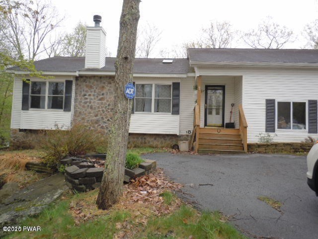 123 Maple Ridge Dr, Lords Valley, PA 18428