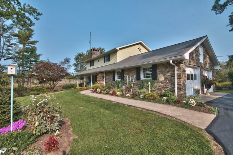 3511 Aberdeen Rd, Madison Township, PA 18444