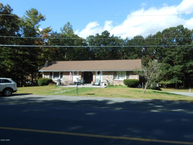 113 & 117 Pine Forest Rd, Greeley, PA 18425
