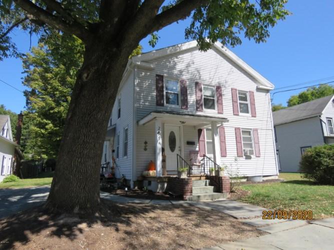 217 Prospect St, Hawley, PA 18428