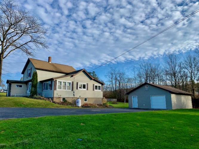 324 Crosstown Hwy, Union Dale, PA 18470