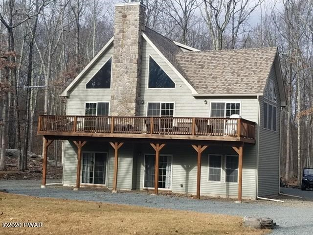 105 Log Cabin Dr, Lackawaxen, PA 18435