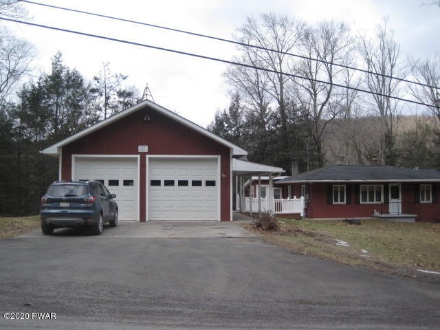 187 Lordville Rd, Equinunk, PA 18417