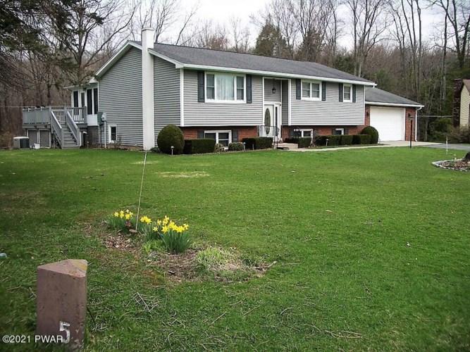 49 Log Rd, Jefferson Township, PA 18436