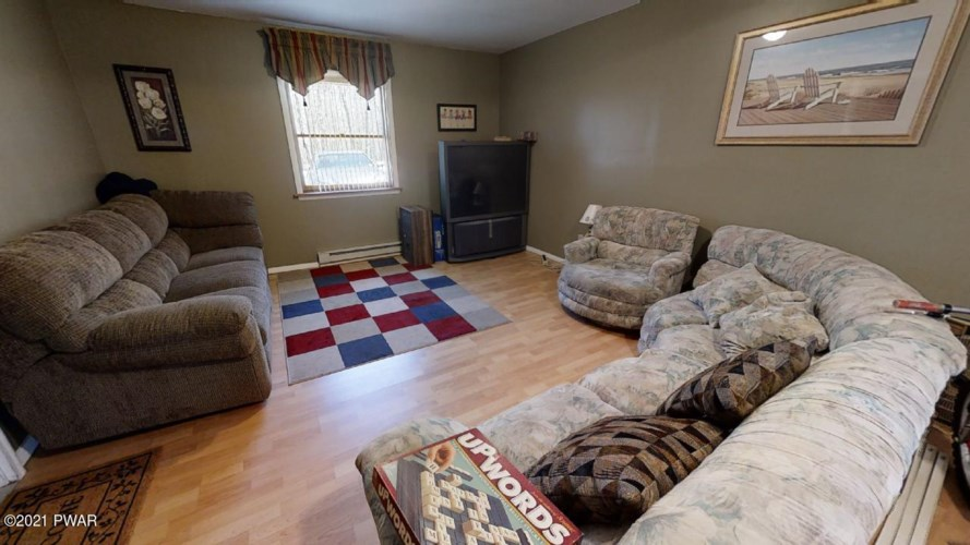 133 Skyview Rd, Dingmans Ferry, PA 18328