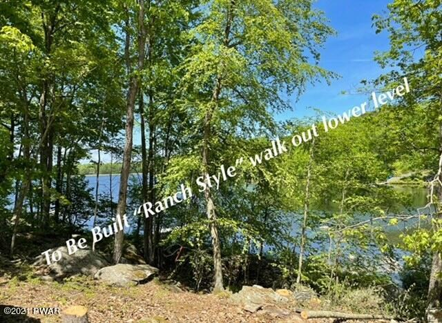 801 Corral Ct, Lords Valley, PA 18428