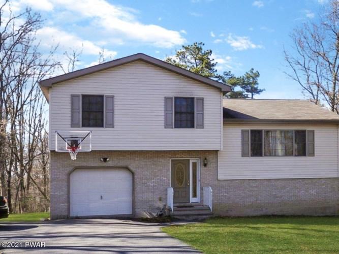 161 Ridge Dr, Milford, PA 18337