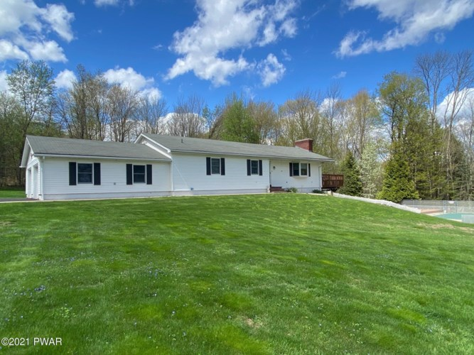 14 Quarry Rd, Honesdale, PA 18431