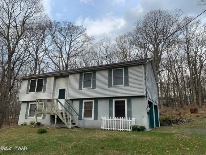 136 W Lilac Rd, Milford, PA 18337