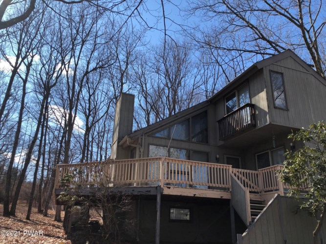 801 Cherry Ct, Lords Valley, PA 18428