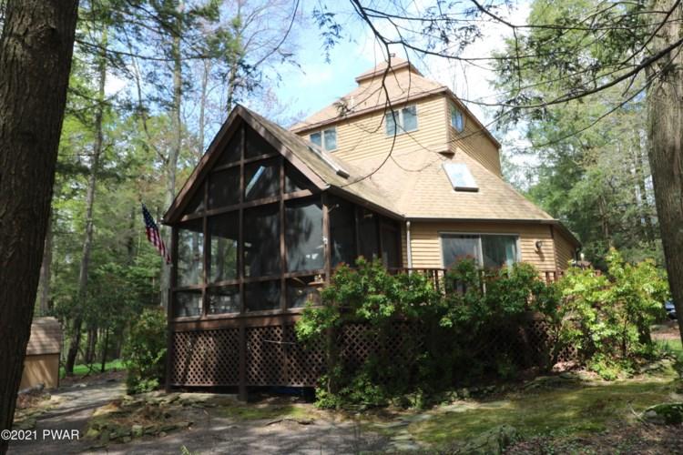 55 Deerfield Rd, Lake Ariel, PA 18436