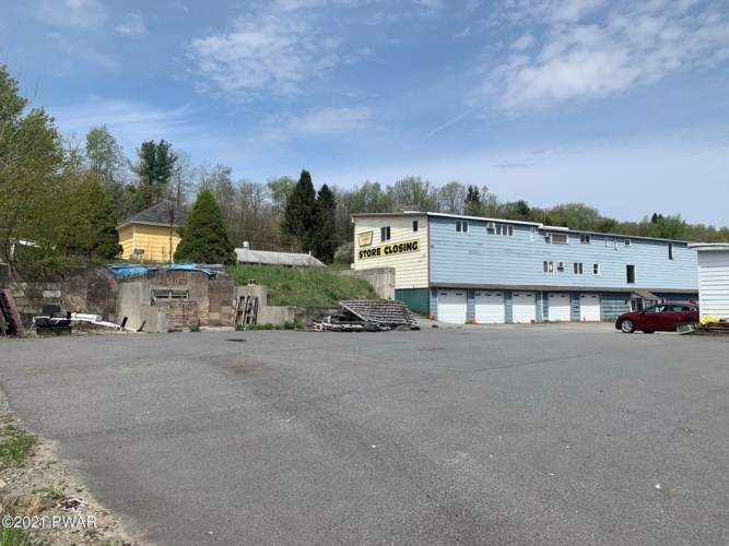 900 N Main St, Forest City, PA 18421