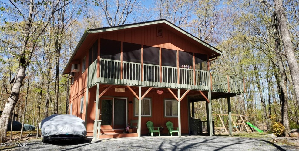 502 Forest Dr, Lords Valley, PA 18428