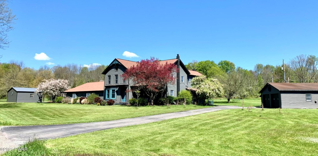 125 Griffith Rd, Tyler Hill, PA 18469