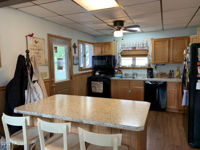 107 Young St, Honesdale, PA 18431