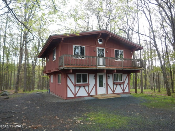 808 Gaskin Ct, Lords Valley, PA 18428