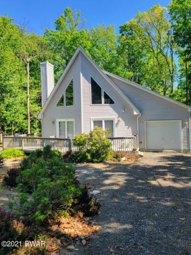 804 Gaskin Ct, Lords Valley, PA 18428