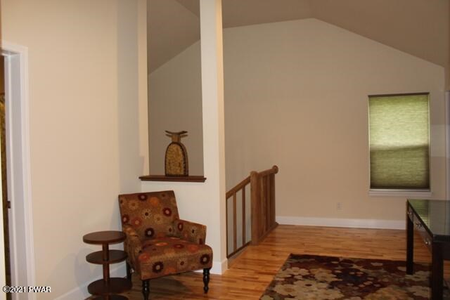 259 Upper Independence Dr, Lackawaxen, PA 18435