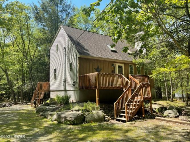 192 Pebble Rock Rd, Lackawaxen, PA 18435