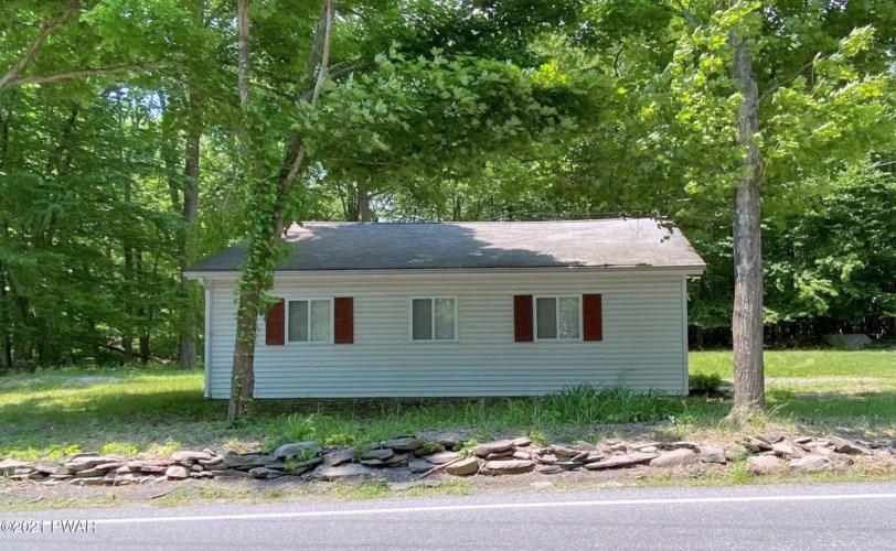 665 Wooddale Rd, East Stroudsburg, PA 18302