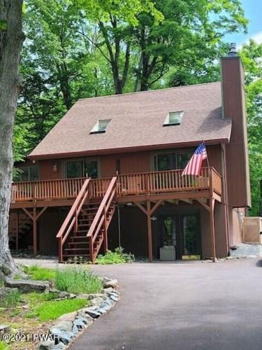647 E Lakeview Dr, Lake Ariel, PA 18436