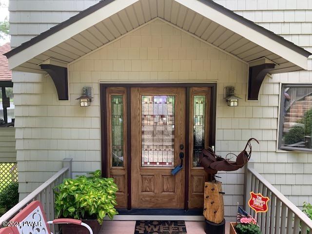 163 Brookfield Rd, Lake Ariel, PA 18436
