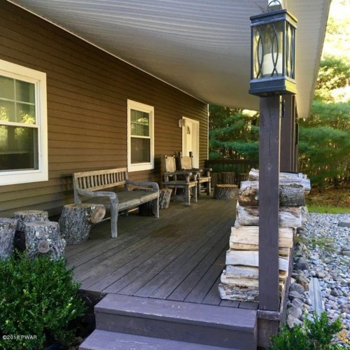 169 Gunstock Ln, Tafton, PA 18464