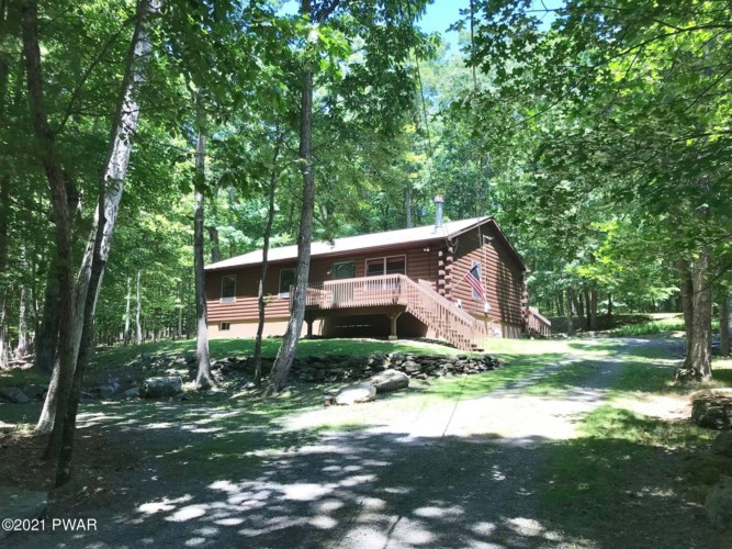 60 Juneberry Dr, Hawley, PA 18428