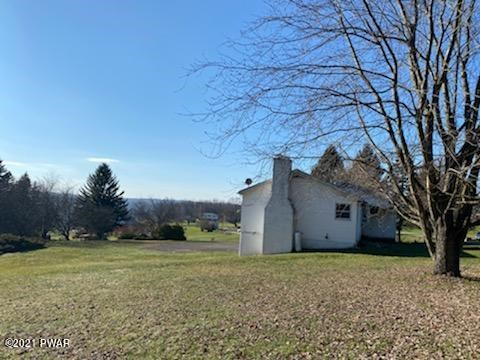 144 Highland Dr, Hawley, PA 18428