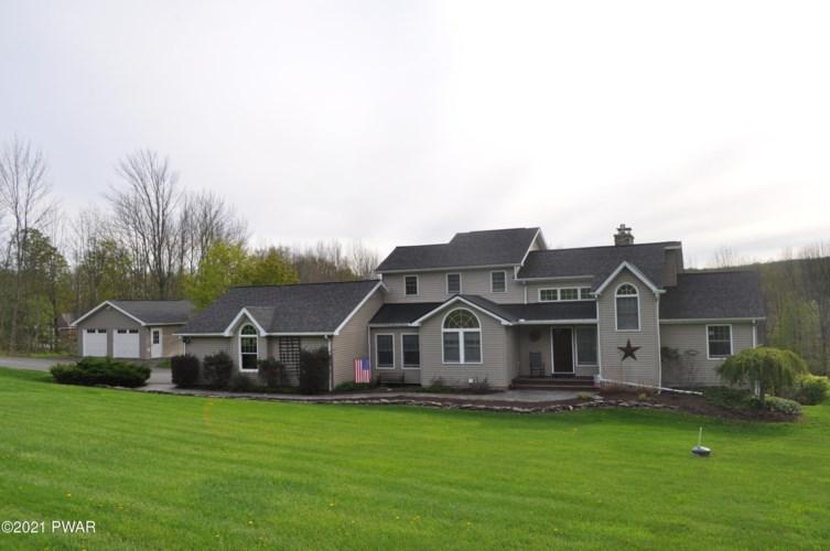 1768 Owego Tpke, Honesdale, PA 18431