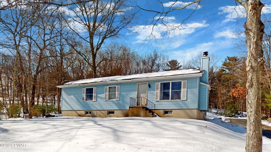 271 Sawkill Rd, Milford, PA 18337