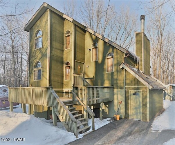 351 Chestnuthill Dr, Lake Ariel, PA 18436