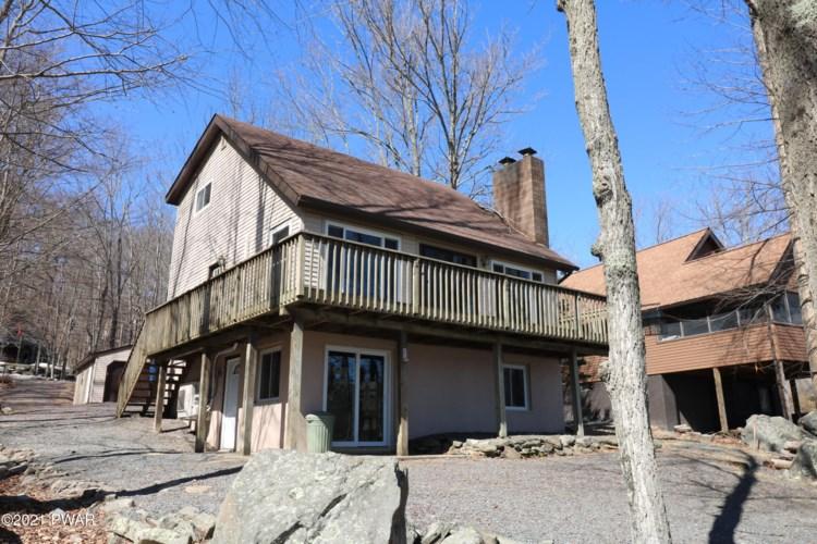 414 W Lakeview Dr, Lake Ariel, PA 18436
