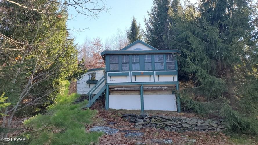 143 Pecks Pond Rd, Dingmans Ferry, PA 18328
